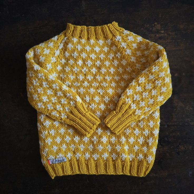 Photo of Handgestrickter Pullover Knud – Curry – 1-10y
