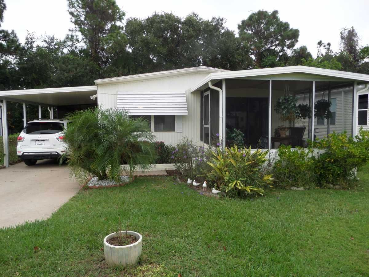 BROO Manufactured Home For Sale in Melbourne, FL