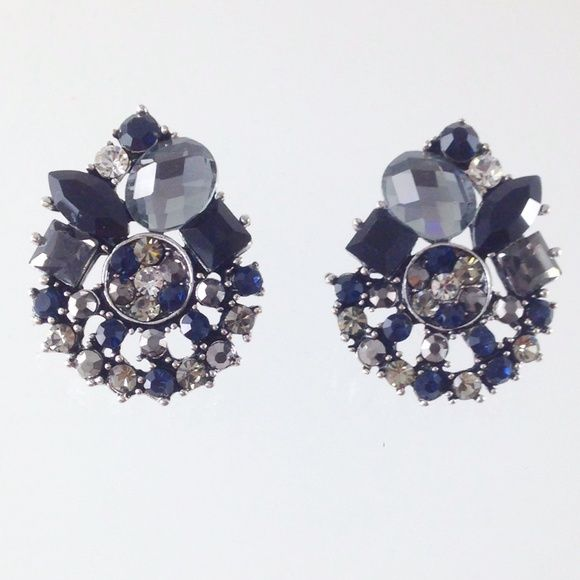 SALEBlack grey stone stud earrings Brand new Jewelry Earrings