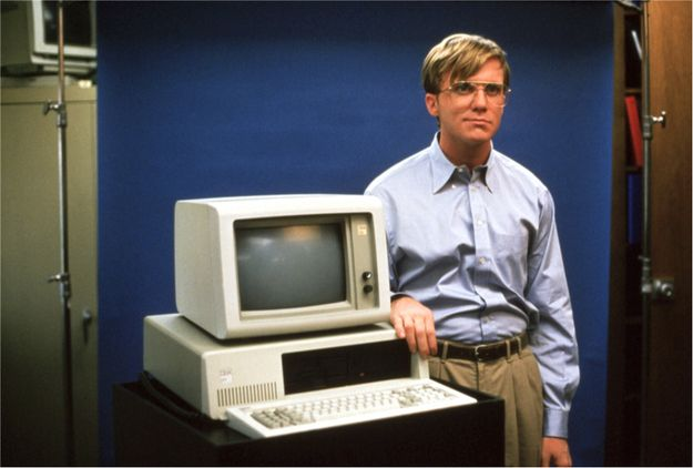 Most Absurd 90 S Films About Technology Pirates Of Silicon Valley Computer History Anthony Michael Hall