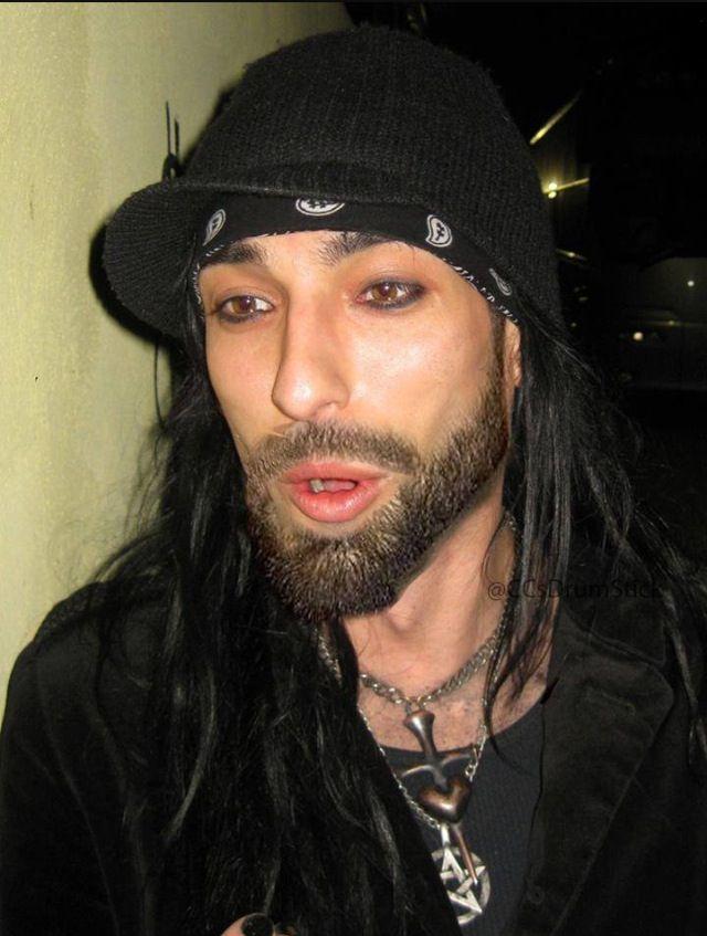 Cc Black Veil Brides Omfg He Has A Beard Thingy Omg What Ono