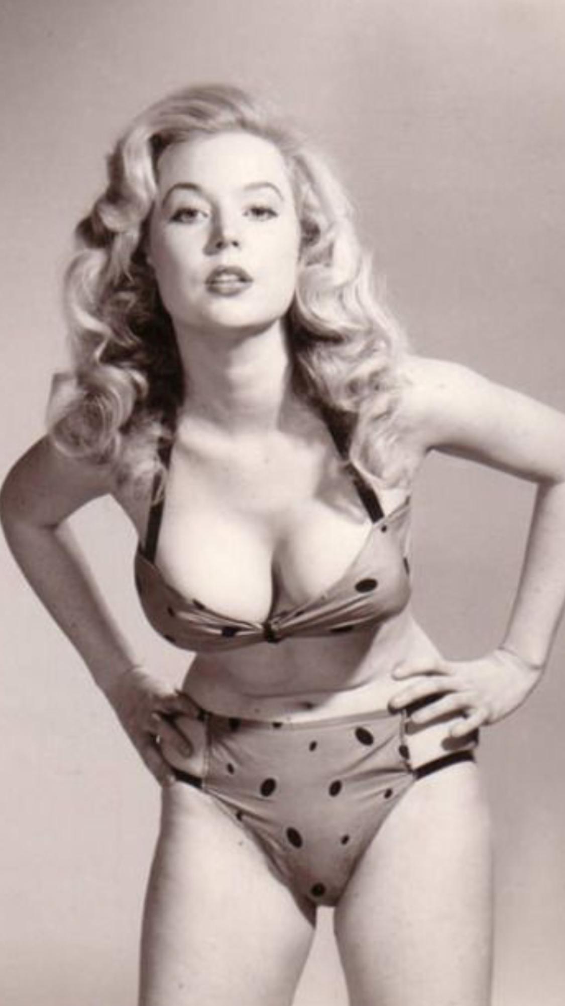 Bikini Betty White nudes (59 photos), Sexy, Bikini, Feet, cleavage 2017