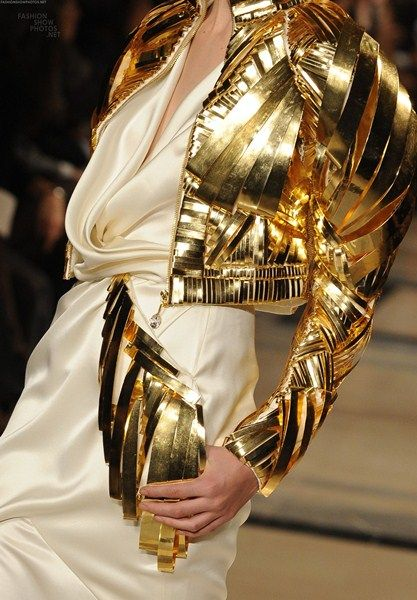 Stephane Rolland Haute Couture Spring Summer 2011 Video - - I want - I got
