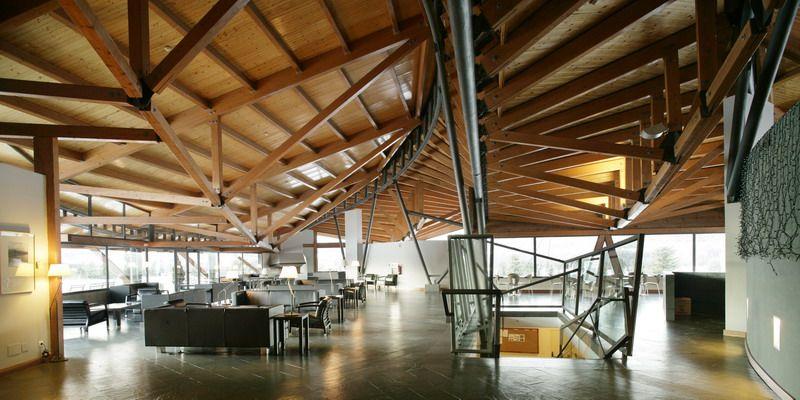 Pyrenees Golf Club And Social Centre Mias Arquitectes Golf Clubhouse Architecture Building Design