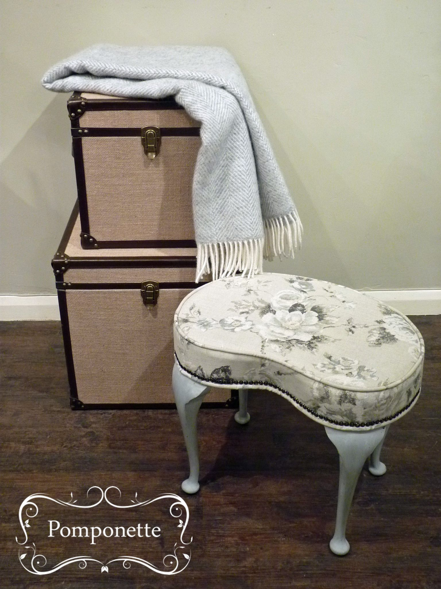 Low Kidney Bedroom Stool with @anniesloanhome #chalkpaint & Emmeline fabric   by pomponette   Leicester