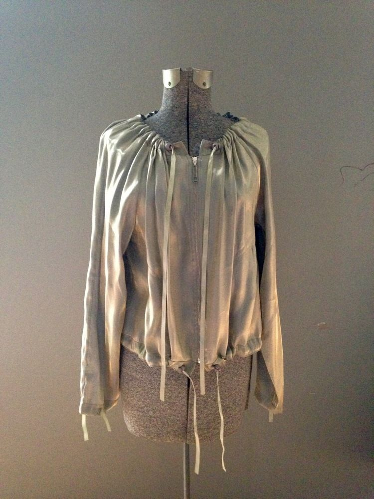stunning vintage lightweight gold metallic jacket $59 brightlightsbigpretty.com