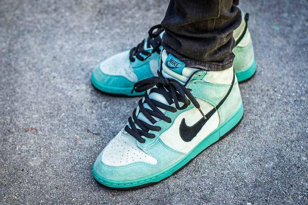 new style 9e187 f3959 Nike Dunk SB High Sea Crystal On Feet Sneaker Review ...