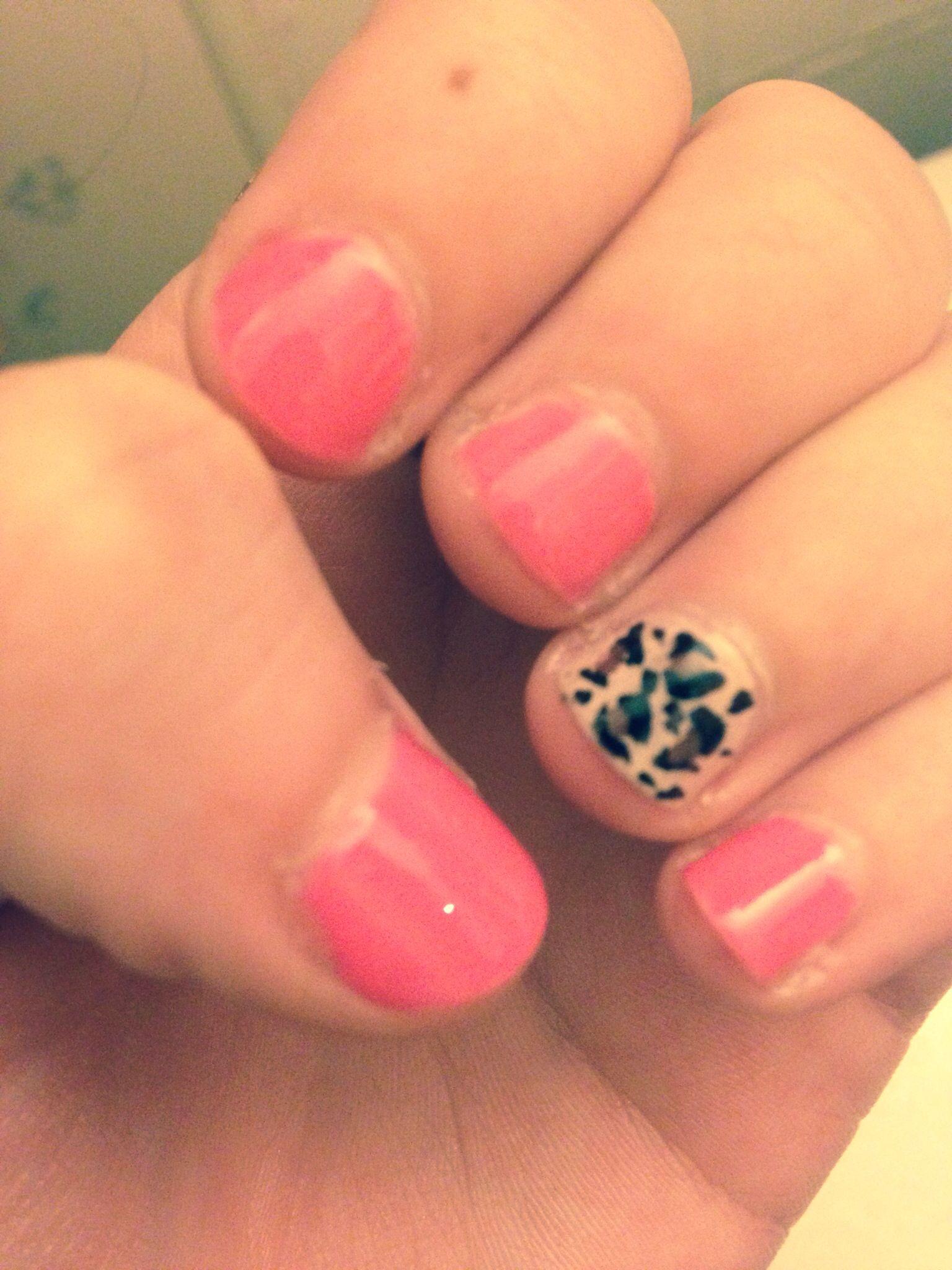 Nails! Cheetah and pink