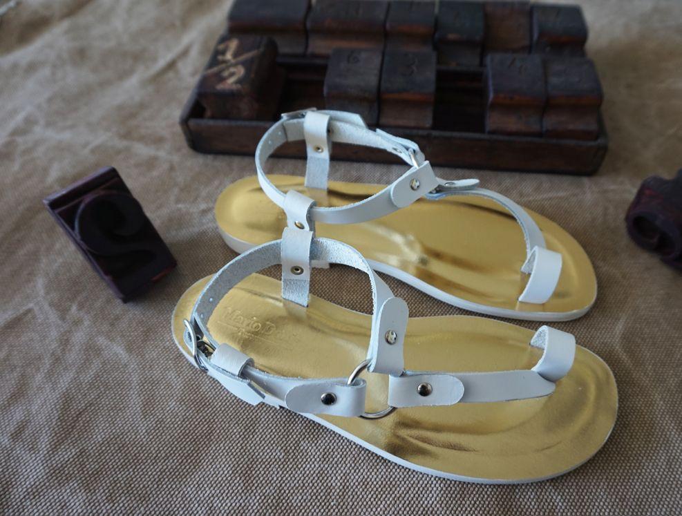 794aa2a4d4ff4 Sandalo artigianale da donna in Vera Pelle realizzato con prodotti made in  Italy e secondo la tradizione manifatturiera toscana. Handmade woman sandal  in ...