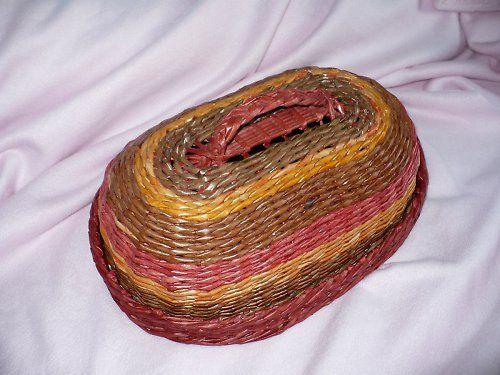 Chlebník pletený z papíru