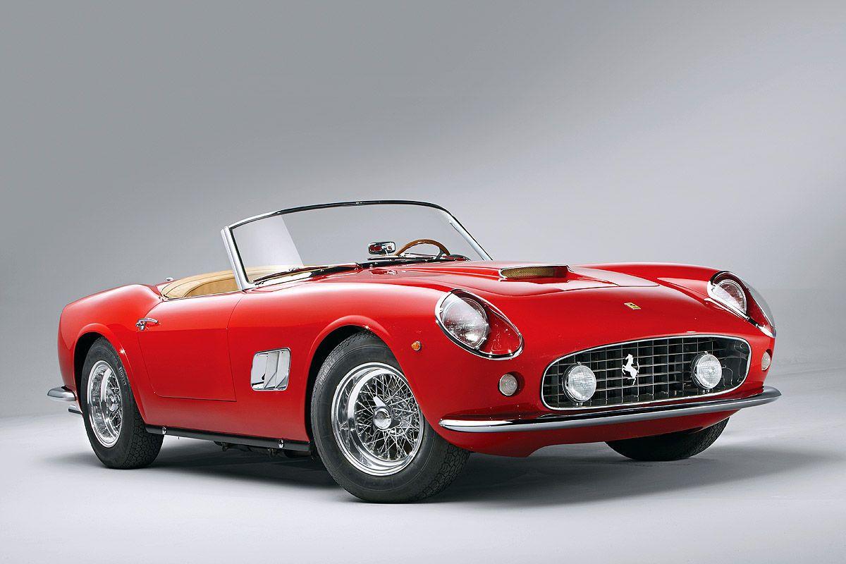 Platz 8: Ferrari 250 GT California Spider SWB von 1961. Versteigert am 17. August 2014. Höchstgebot: 15,18 Millionen US-Dollar. Anzahl gebauter Fahrzeuge dieser Art: 55.