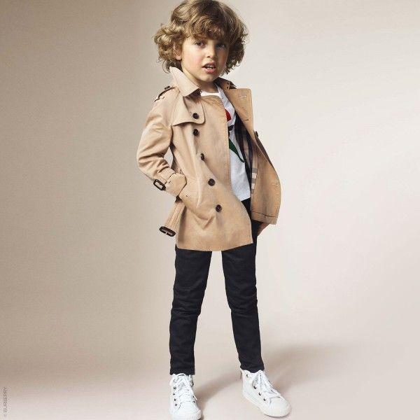 de45d0e056c9 BURBERRY Kids Mini Me Beige Trench Coat with Detachable Hood ...