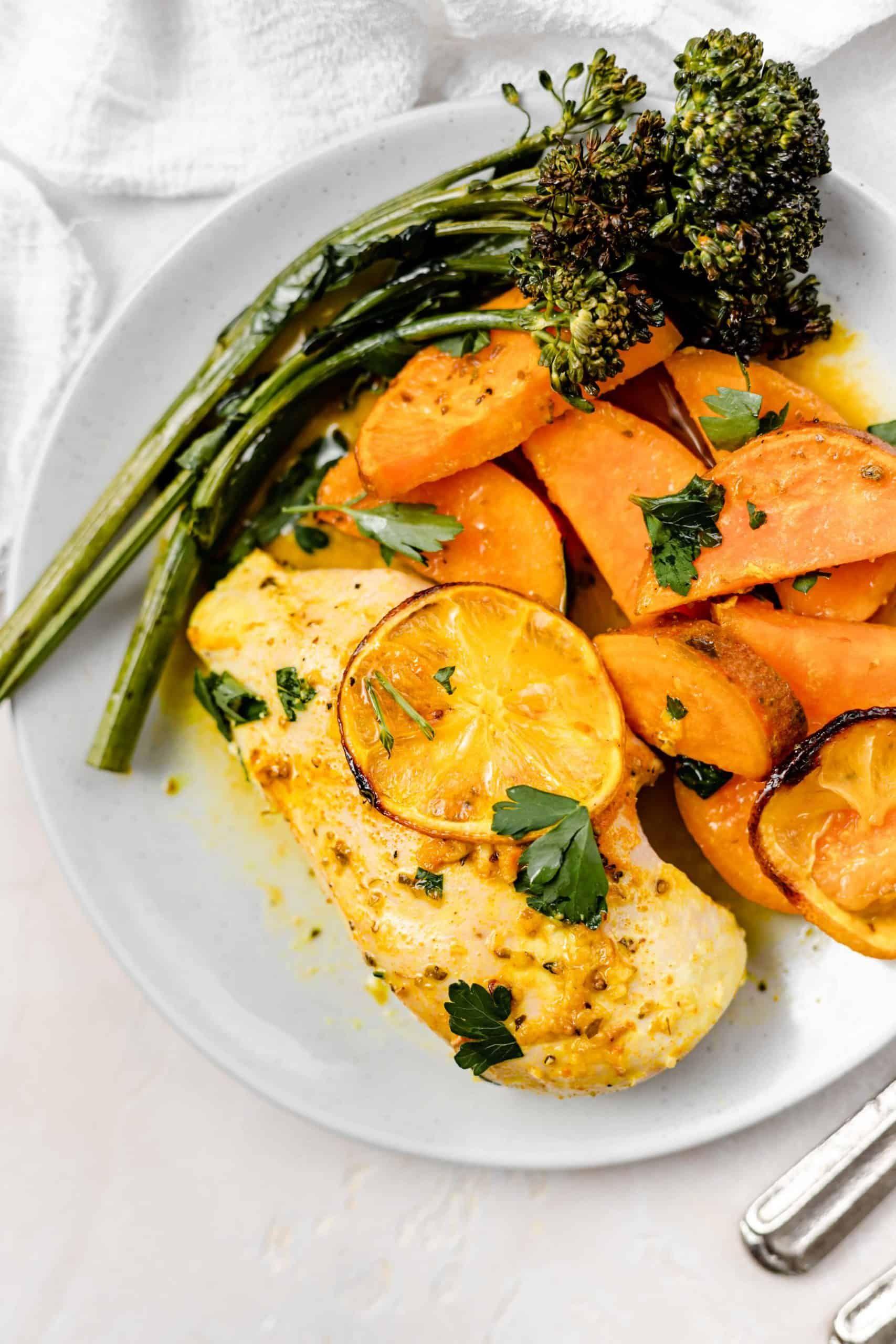 Healthy Lemon Chicken And Sweet Potatoes Recipe In 2020 Healthy Lemon Chicken Healthy Lemon Chicken Recipe Paleo Sweet Potato