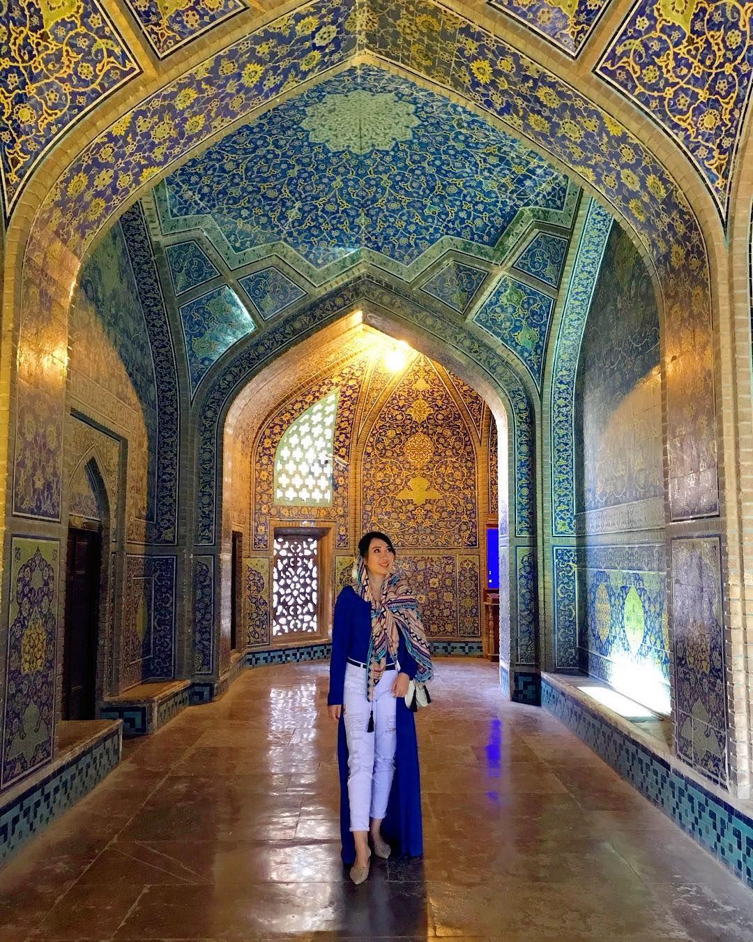 sheikhlotfollahmosque#isfahan ، Iran | Shiraz iran, Persian architecture, Iran tourism