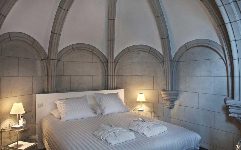 13 Grandiose Churches Reincarnated As Restaurants Hotelore