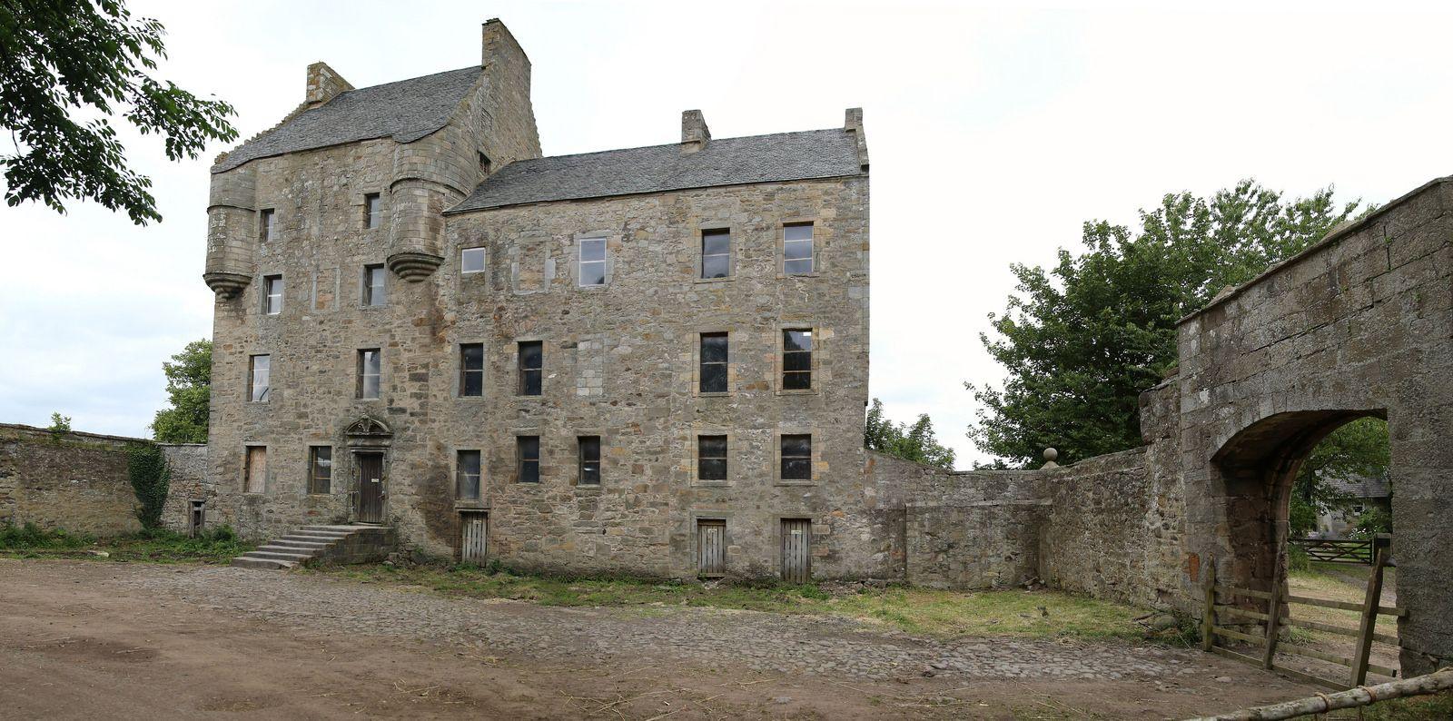 Midhope Castle 4 Castle Castles Interior Outlander Locations