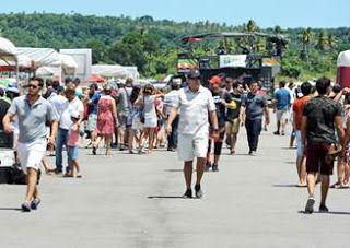 Aero Fest arrecada mais de 1 tonelada de alimentos para Fundação Terra 72f7484b859