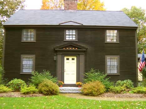 Autumn In Concord Massachusetts Saltbox Colonial Monument St House Exterior Saltbox Houses Colonial House