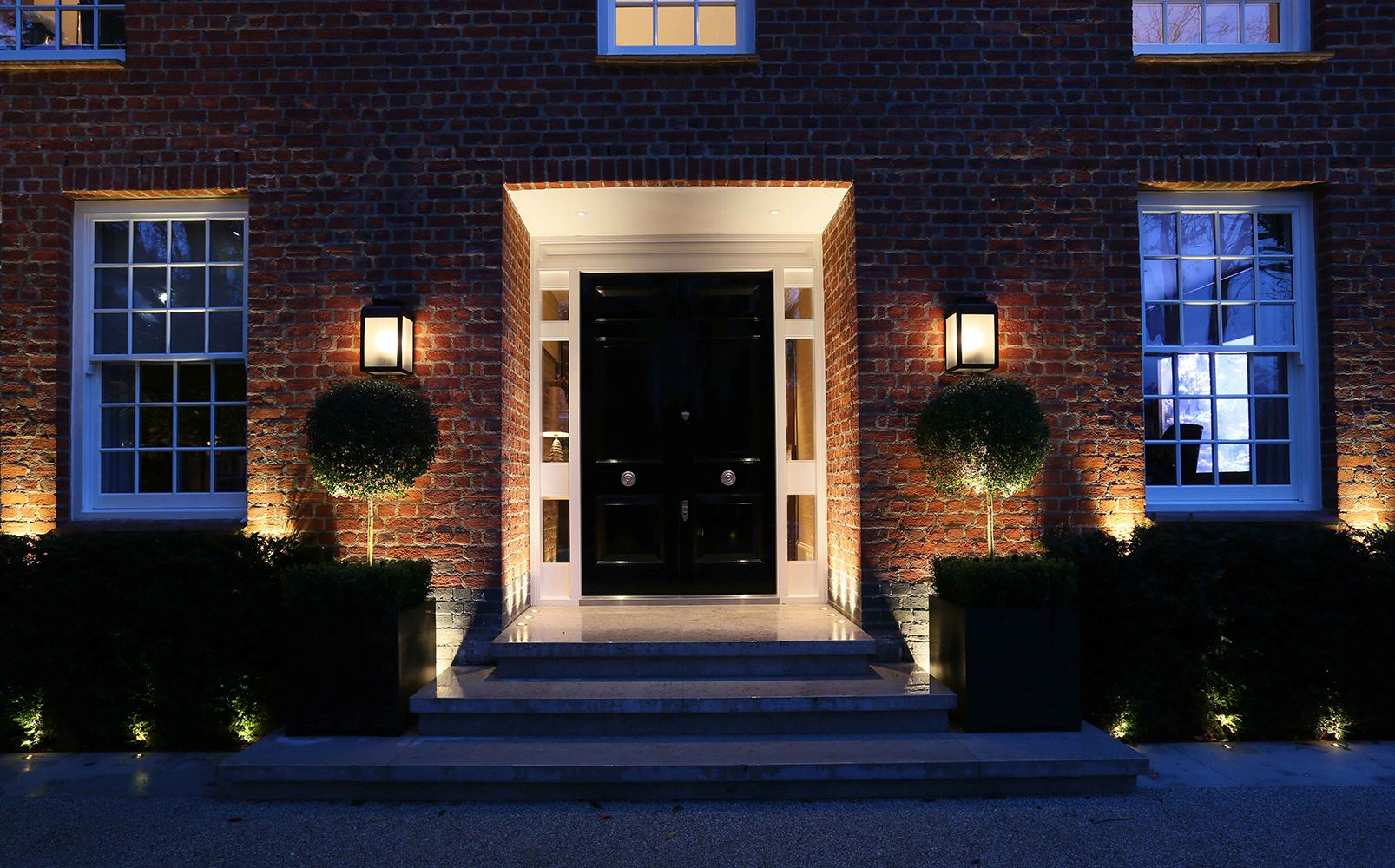 John cullen garden exterior outdoor lighting 61 gardens for Exterior outdoor lighting