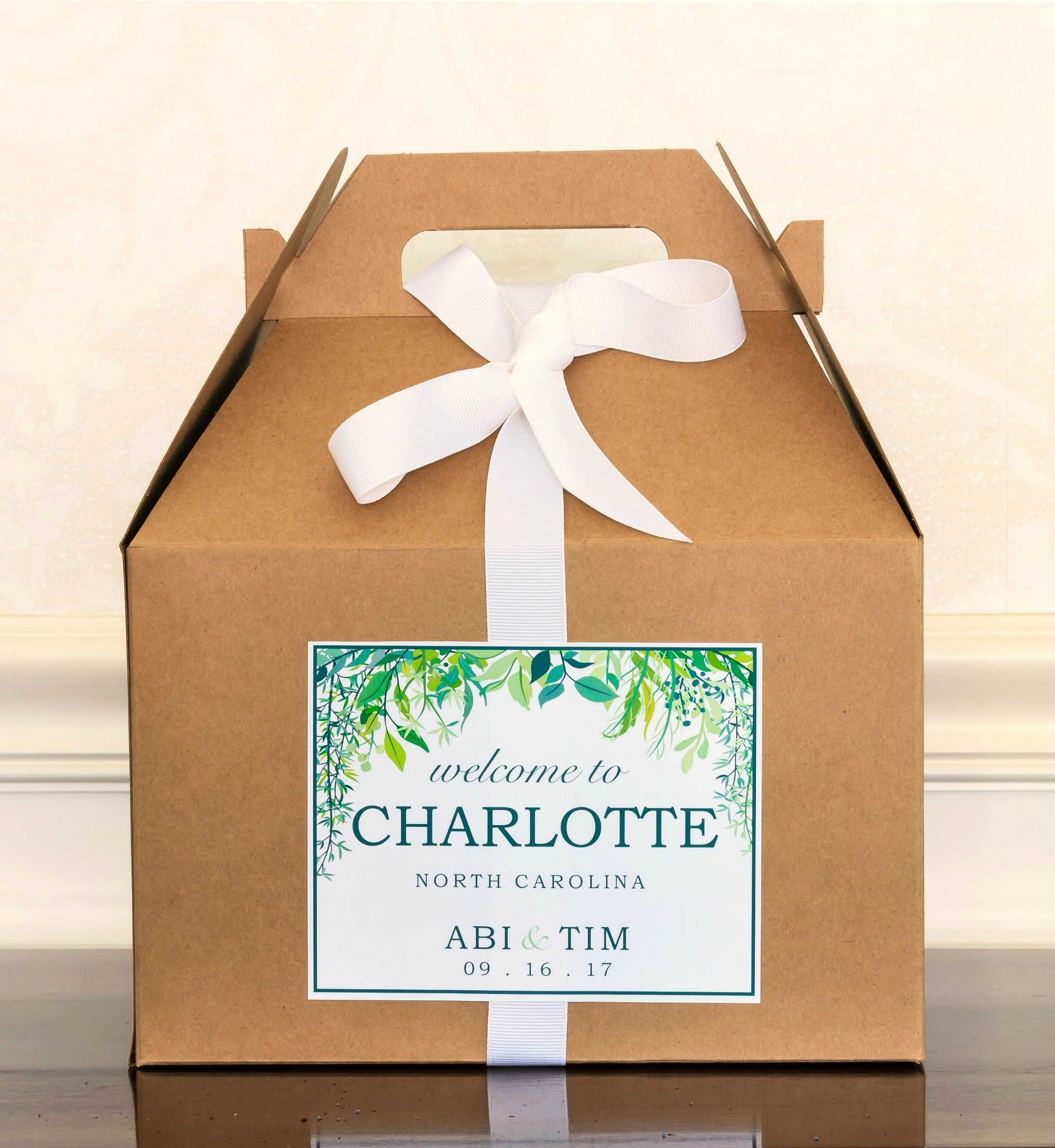 Greenery Wedding Welcome Box Labels Botanical Bag Stickers Woodland Hotel Gift Spring Favor