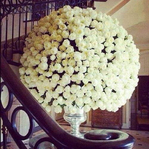 Huge bouquet of white roses!so pretty!love them