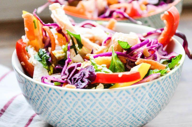 Salat mit erdnuss dressing