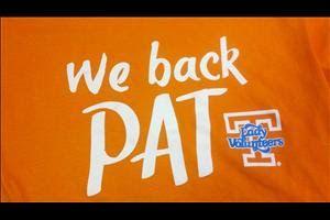 We back pat the pat summitt alzheimer 39 s t shirt pat for Pat summitt foundation t shirts