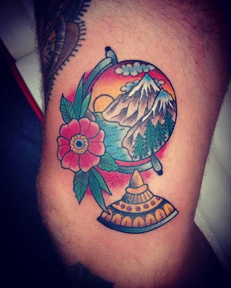 Tattoo para Juanca! Salió al toke! Jaja Time Tattoo esta en Olavarría 2831 mar del plata! #alemerlostattoo #tattootattoo #timetattoo #mitraditattoo #traditionaltattoo #tattootraditional #tattootattoo #tattoomardelplata #worktattoo #hagolascosasamigusto