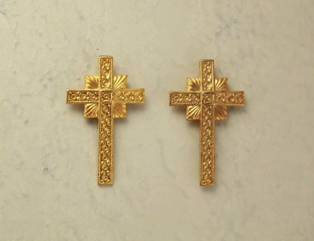 Magnetic 14 Karat Gold Plated Cross Clip Non Pierced Earrings