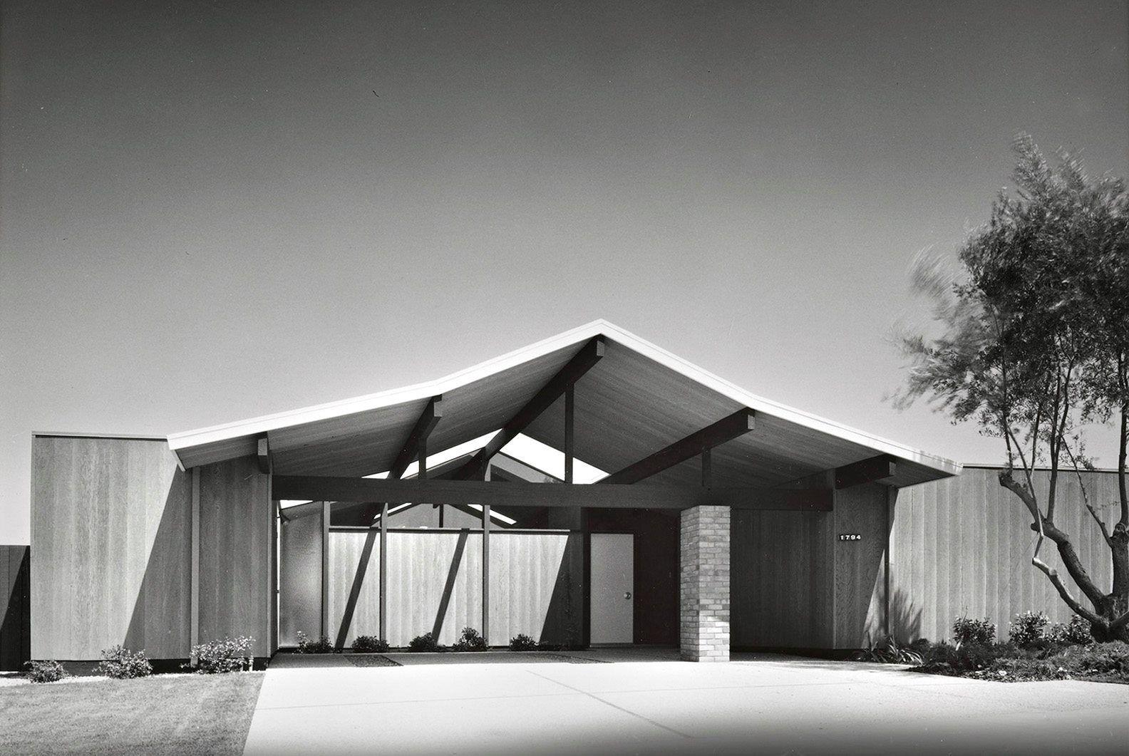 beginning in the late 1950 39 s property developer joseph. Black Bedroom Furniture Sets. Home Design Ideas