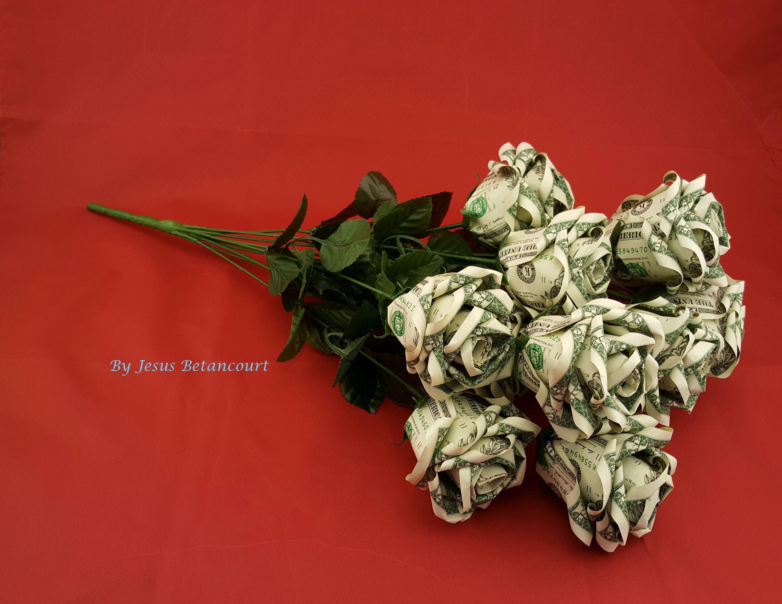 Beautiful Money Origami Roses, Made of Real Dollar Bills ... - photo#20