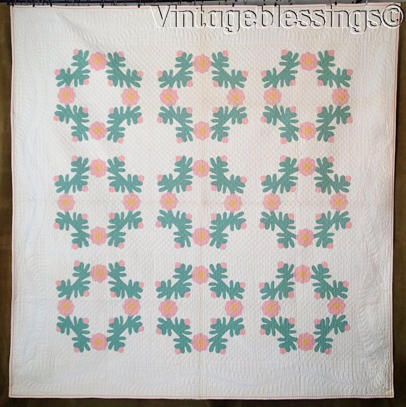 """www.Vintageblessings.com Outstanding Quilting! Vintage Never Used Rose Wreath Applique QUILT 80x78"""""""