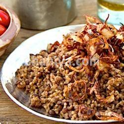 طريقة عمل المجدرة الجنوبية اضغط واكتشف وصفة أطباق جانبية جديدة وشهية بطريقة طباخ من لبنان بخطوات واضحة مقادير دقيقة وص Lebanese Recipes Armenian Recipes Food