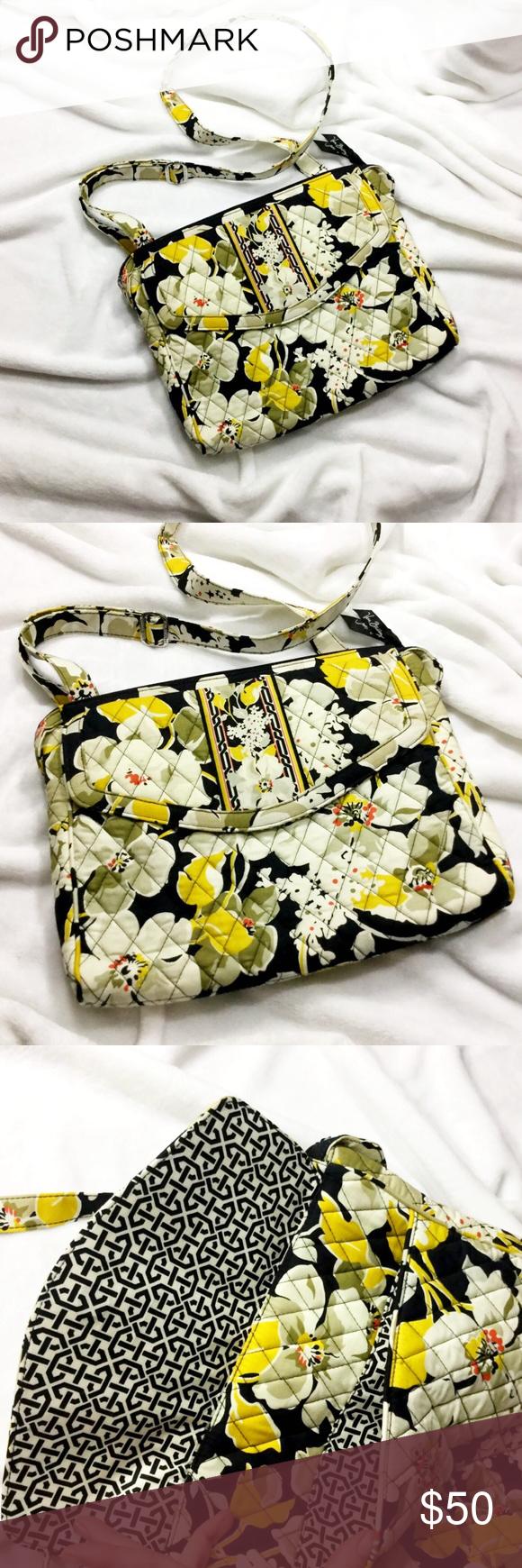 NWOT VERA BRADLEY Messenger bag crossbody purse NWOT VERA BRADLEY Messenger bag crossbody purse Vera Bradley Bags Crossbody Bags
