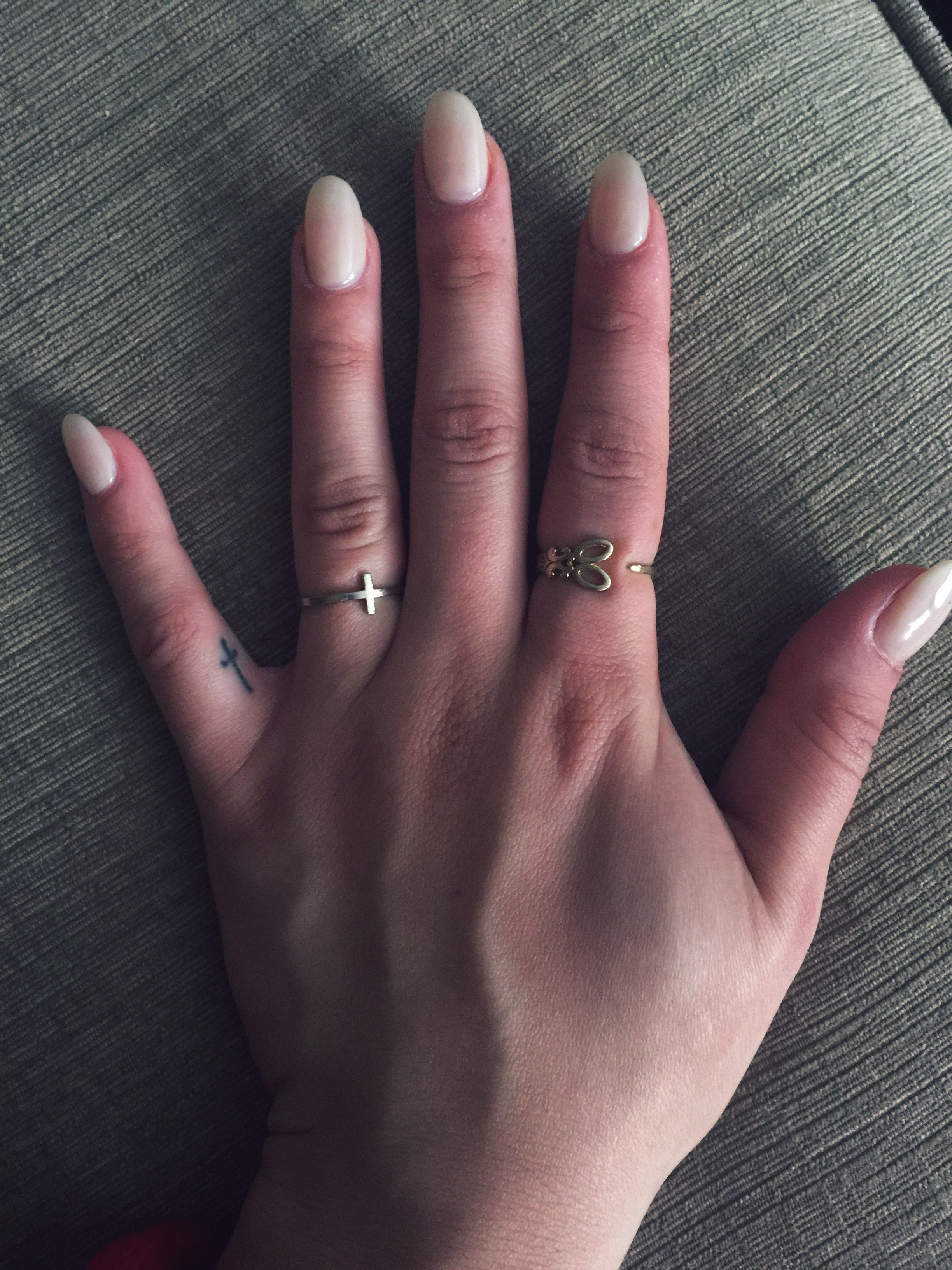 Nude almond shaped nails | Claws | Pinterest | Almond shape nails