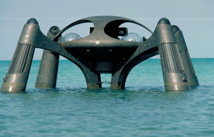 James Bond...Stromberg's underwater hideout 'Atlantis', from 'The Spy Who Loved  Me' (1977) | James bond movies, James bond, Spy who loved me