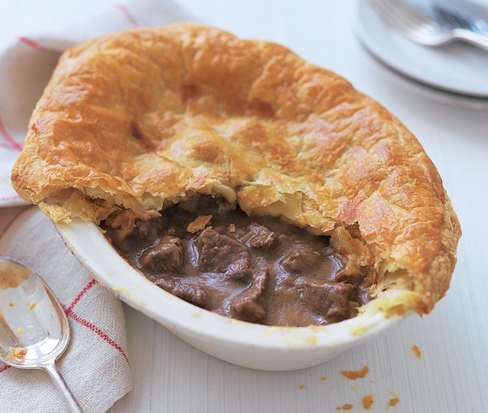 easy steak | Steak ale pie, Ale pie, Beef and ale pie