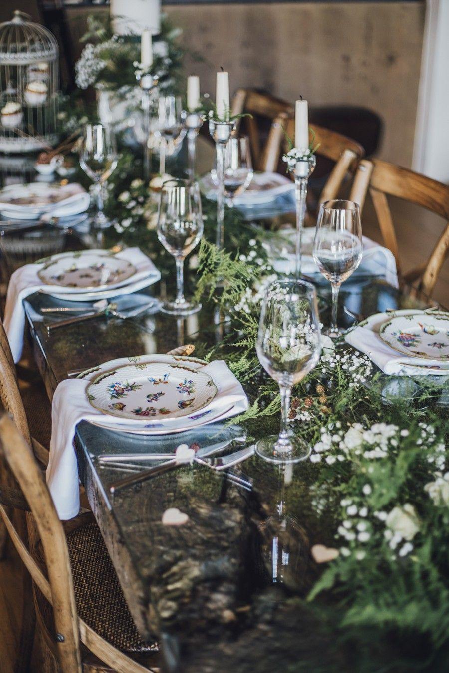 Ideen Fur Eine Waldhochzeit Mit Viel Natur Und Grun Die Tischdeko