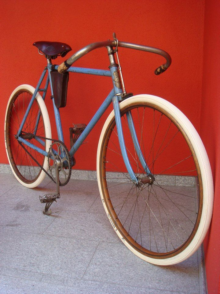 Beautiful old racer (Peugeot ?)... | fixie | Pinterest | Peugeot ...