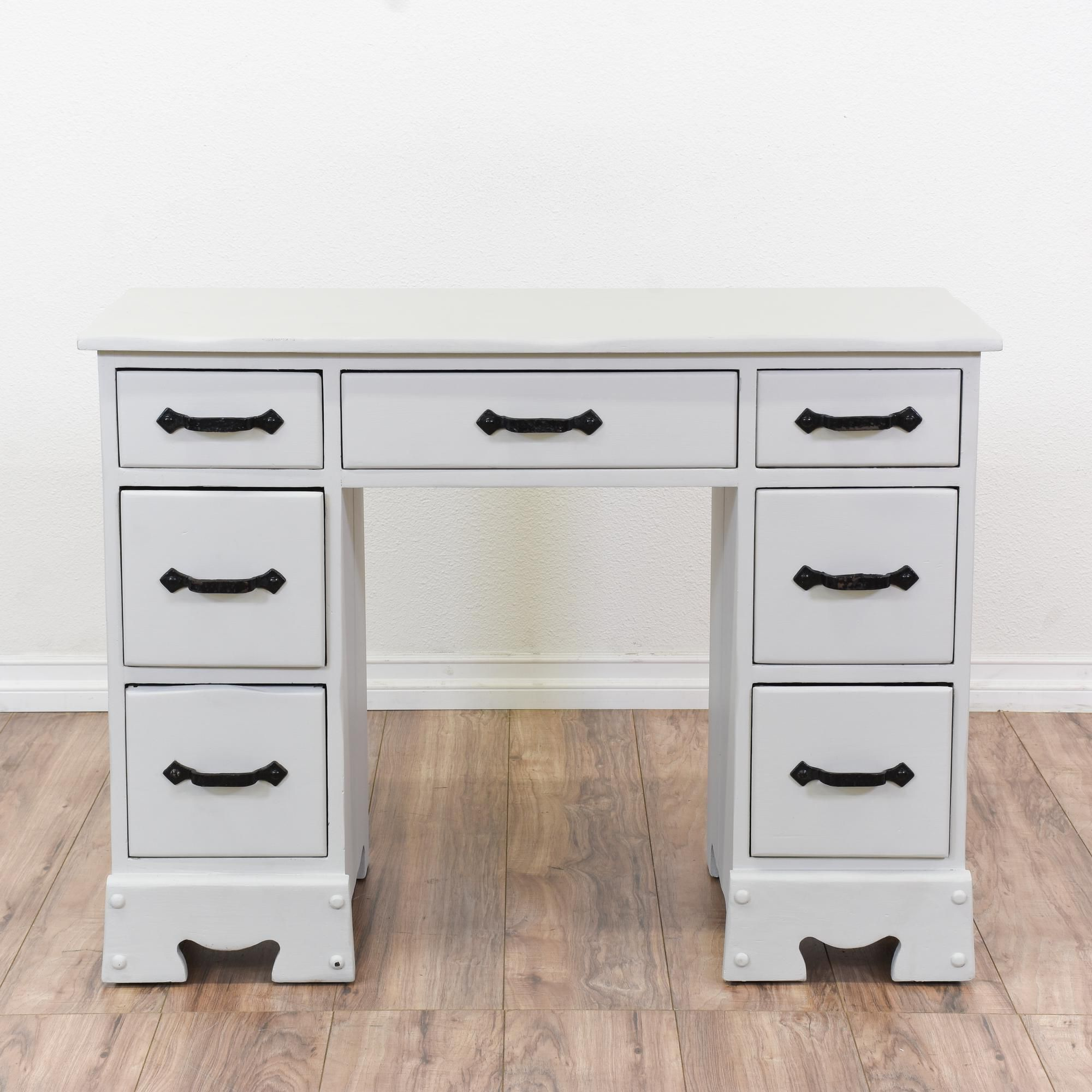 This Kneehole Desk Is Featured In A Solid Wood With Fresh White Coat Of Paint Vanity Great Condition 7 Drawers Black Iron Like