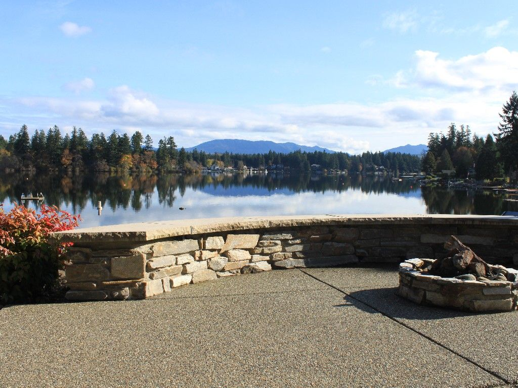 House vacation rental in lake sawyer from looks