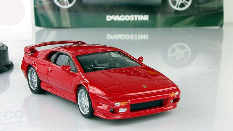 Lotus Esprit V8 Diecast Metal Model Red 1//43 Scale