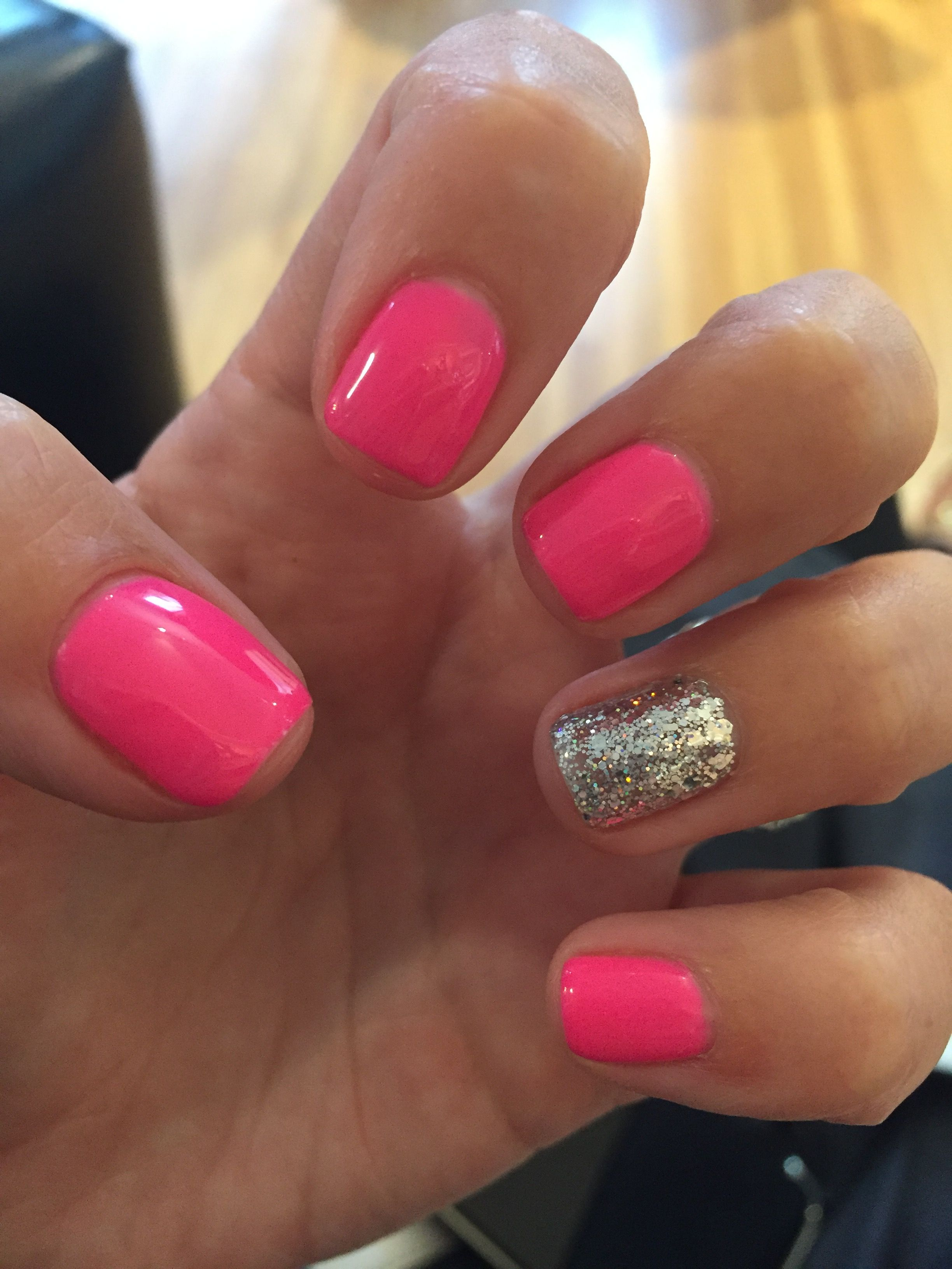 Gelish Hot Pink Sparkle Accent Nail Gel Manicure Gel Manicure Manicure Gel Nails
