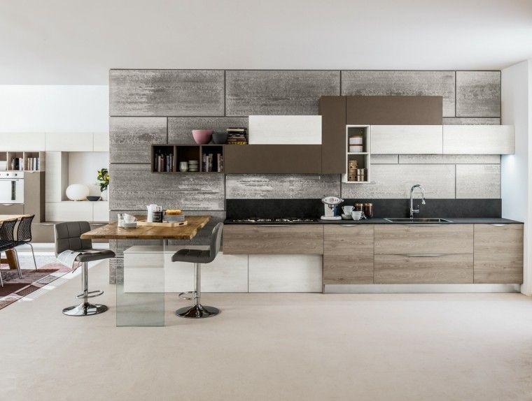 pared de hormigón y muebles de madera en la cocina   Cocinas ...
