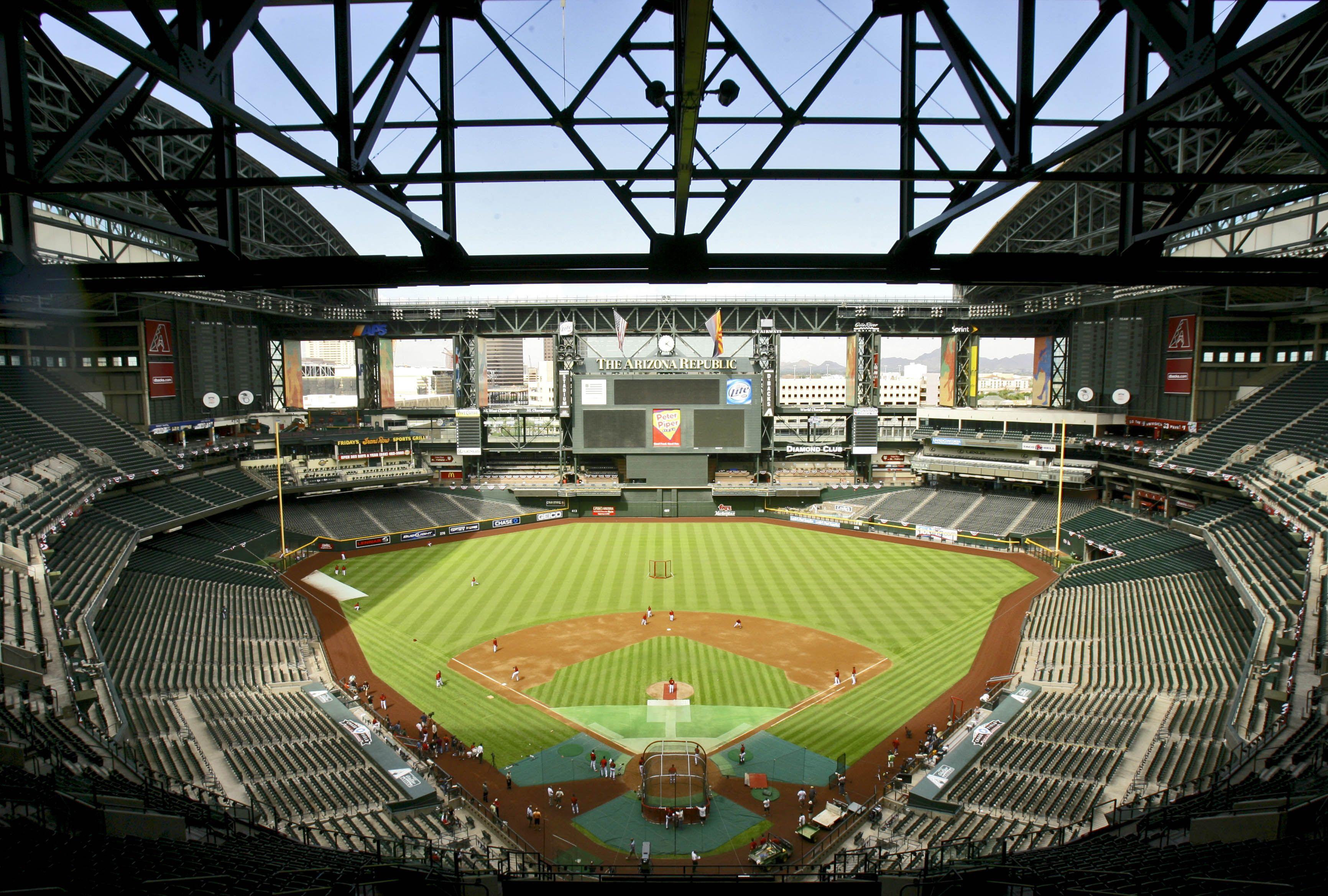 Chase Field Interior Home Of The Arizona Diamondbacks Chase Field Field Retractable Roof