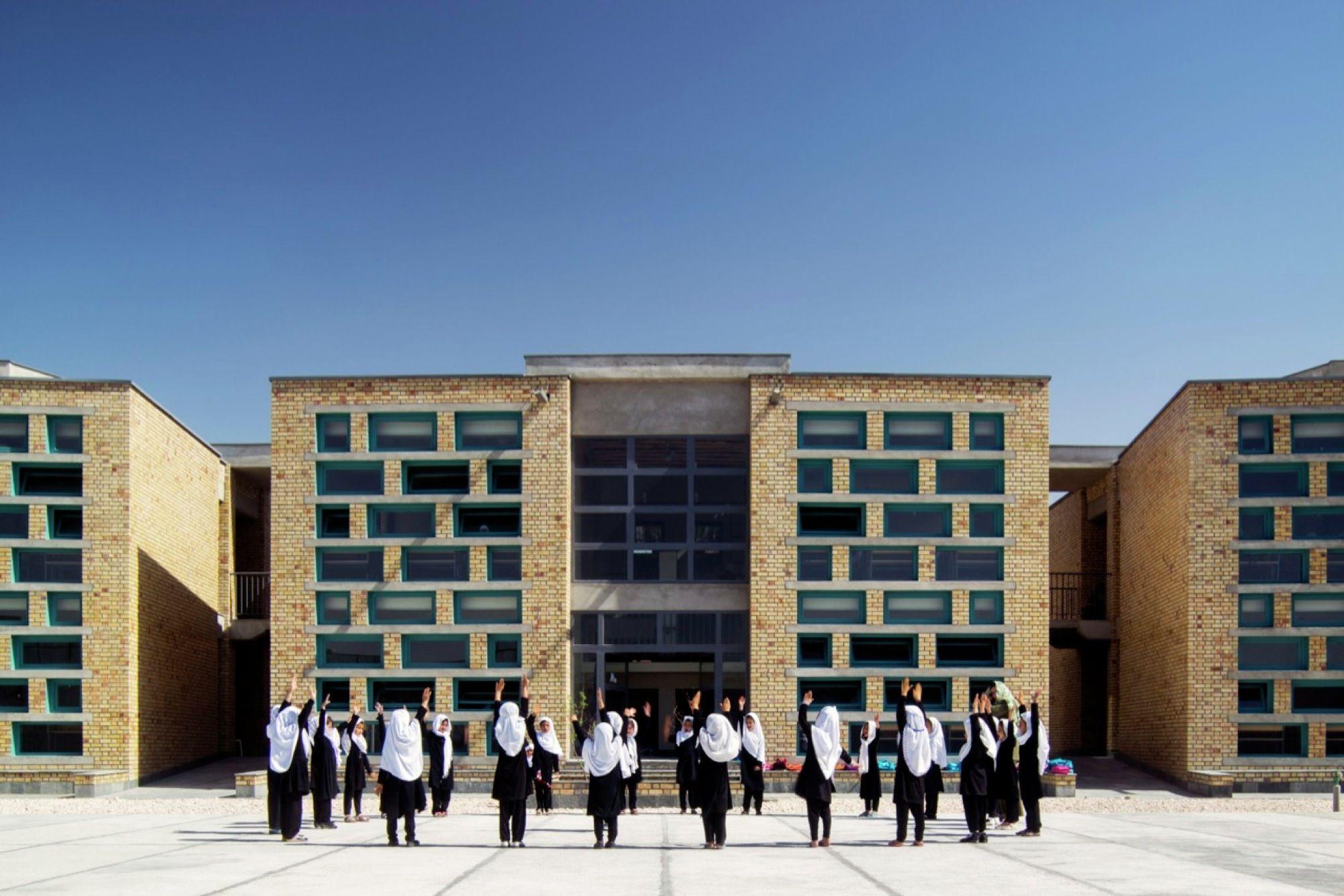 Gohar Khatoon Girls School Robert Hull University Of Washington Hull University University Of Washington Architecture Exterior