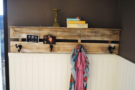 Best 25 Pallet Coat Racks Ideas On Pinterest Pallet