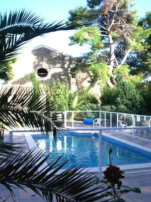 Vente gîtes chambres d\u0027hôtes près du Canal du Midi Hérault Hotes