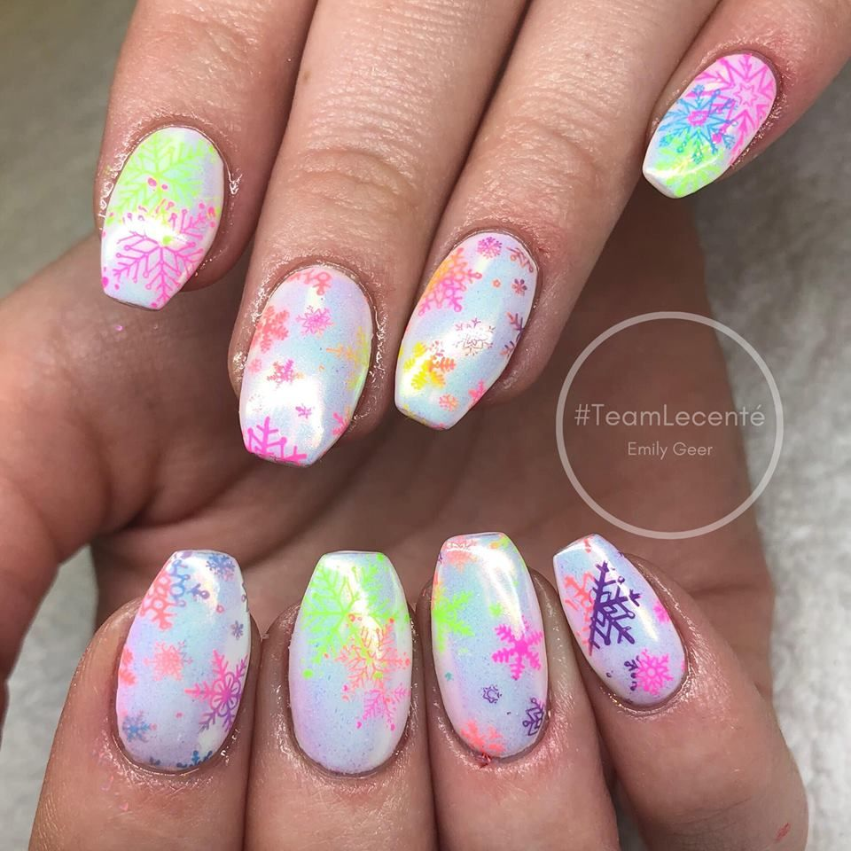 Bright Neon Christmas Nails With Grinch Art 50 Popular Ideas Of Christmas Nails Designs To Try In 2019 In 2020 Xmas Nails Christmas Nail Designs Elegant Nail Designs