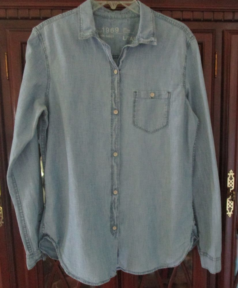 aebbc3779160c6 Gap 1969 Womens Light Blue Chambray Icon Boy Button Down Cotton Shirt Large   Gap1969  ButtonDownShirt  Casual